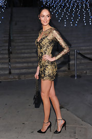 Nicole Trunfio heated up the 'Vanity Fair' party in this uber-short gold leaf number.
