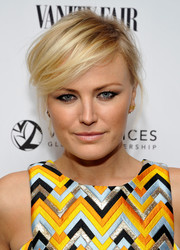 Malin Akerman channeled her inner rock star with this messy cut at the Vanity Fair and Stuart Weitzman luncheon.