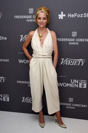Parker Posey kept it breezy in a cropped white halter jumpsuit during the Variety celebration of UN Women.