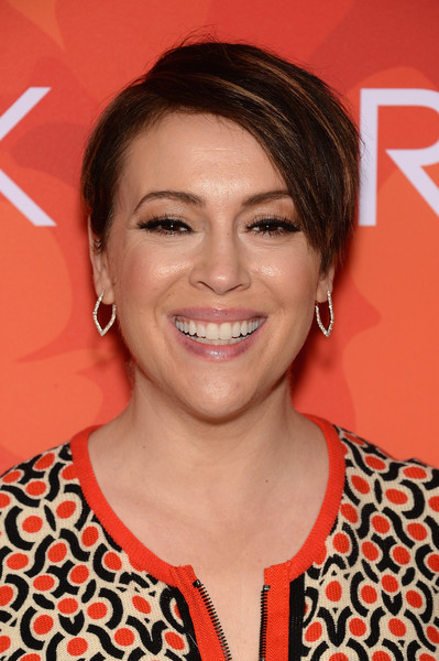 Alyssa Milano looked cute with her short side-parted 'do during Variety's Power of Women: New York 2016.