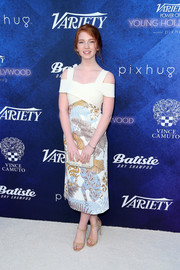 Annalise Basso made a chic statement in this foliage-print cold-shoulder frock by Disaya at the Variety Power of Young Hollywood event.