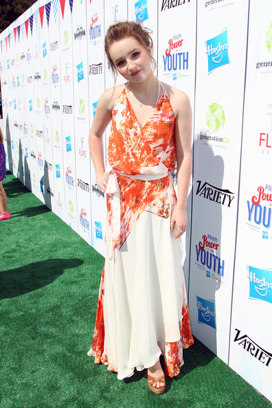 More Pics of Kaitlyn Dever Messy Updo (5 of 8) - Updos Lookbook - StyleBistro [red carpet,clothing,carpet,flooring,dress,hairstyle,shoulder,premiere,fashion design,long hair,audio arrivals,kaitlyn dever,variety,power of youth,backlot,universal city,california,hasbro,power of youth,generationon]
