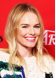 Kate Bosworth topped off her look with a casual center-parted 'do.