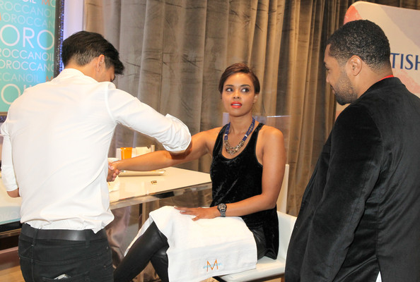 More Pics of Sharon Leal Short Side Part (1 of 22) - Short Side Part Lookbook - StyleBistro