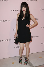 Roxanne Mesquida showed off a funky pair of  flat sandals at Paris Fashion Week.
