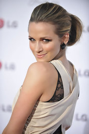 Shantel looked sophisticated with a polished bun and sexy smokey eye makeup.