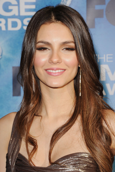 Victoria Justice Gold Dangle Earrings [hair,face,hairstyle,eyebrow,brown hair,long hair,blond,hair coloring,layered hair,beauty,arrivals,victoria justice,the shrine auditorium,los angeles,california,naacp image awards]