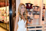 Victoria's Secret Angel Martha Hunt Introduces New Body By Victoria Collection