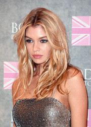 Stella Maxwell channeled Brigitte Bardot with this messy-sexy hairstyle at the Body by Victoria collection launch.