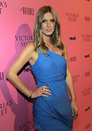 Nicky Hilton is a sucker for awesome jewelry. She wore a coral and gemstone embellished ring to the 'What is Sexy' event.