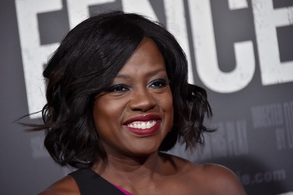 Viola Davis Curled Out Bob [hair,face,hairstyle,facial expression,black hair,eyebrow,lip,beauty,chin,smile,screening - arrivals,viola davis,fences,new york screening,new york,frederick p. rose hall,lincoln center]