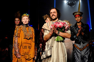 Vivienne Westwood Andreas Kronthaler Vivienne Westwood : Runway - Paris Fashion Week Womenswear Fall/Winter 2014-2015