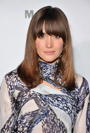 Rose Bryne has a no fuss type of style when it comes to her mane. The actress attended the MOMA celebrity dinner with polished straight locks and blunt cut bangs.