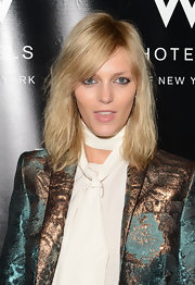 Anja Rubik wore her hair in a textured mid-length bob at the W Love Hangover Ball.