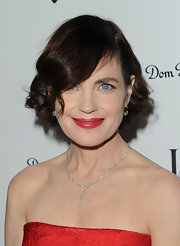 Elizabeth McGovern's short curly 'do at the W Magazine celebration had a stylish retro feel.