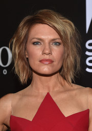 Kathleen Rose Perkins looked sassy with her teased short waves at the 'Shooting Stars' exhibit opening.