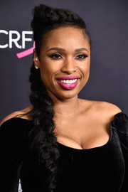 Jennifer Hudson finished off her romantic look with a pink lip.