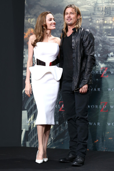 More Pics of Angelina Jolie Strapless Dress (1 of 46) - Angelina Jolie Lookbook - StyleBistro