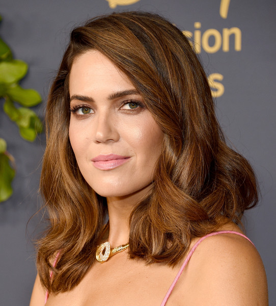 More Pics of Mandy Moore Crop Top (1 of 7) - Tops Lookbook - StyleBistro [hair,face,hairstyle,brown hair,eyebrow,chin,blond,layered hair,hair coloring,beauty,arrivals,mandy moore,emmy,los angeles,california,walt disney television,party,walt disney television emmy party]