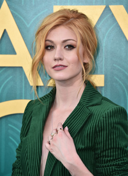 Katherine McNamara looked romantic with her loose ponytail at the premiere of 'Crazy Rich Asians.'
