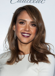 Jessica Alba looked totally glam with her sexy waves during the Who What Wear event.