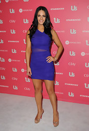 Pia was a vibrant beauty at the US Weekly Hot Hollywood party in a purple chiffon body con dress.