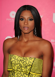 Ciara knows how to accentuate her good looks. At the Hot Hollywood party the songbird sported a smoky eye that was angled at the ends to give off a winged affect.