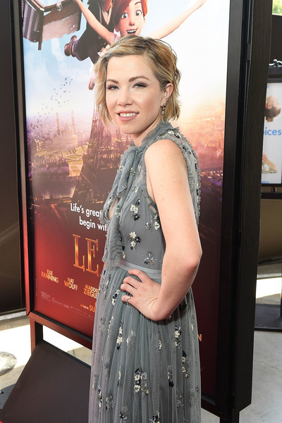 More Pics of Carly Rae Jepsen Embroidered Dress (1 of 16) - Dresses & Skirts Lookbook - StyleBistro