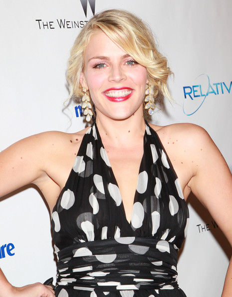 More Pics of Busy Philipps Red Lipstick (1 of 4) - Makeup Lookbook - StyleBistro [hair,clothing,hairstyle,lip,blond,dress,shoulder,premiere,long hair,cocktail dress,busy philipps,hotel,beverly hills,california,the beverly hilton,weinstein company,relativity media,party,golden globe awards]