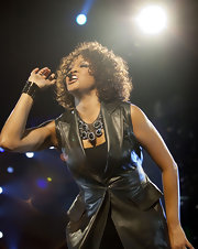 Whitney Houston rocked the O2 World stage wearing a glam statement necklace.