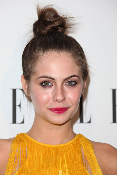 Willa Holland Clothes