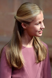 Princess Leonor attended the 2019 Princesa de Asturias Awards wearing this twisted half-up style.