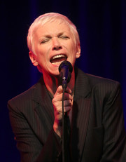 Annie Lennox performed at the 2015 Winter TCA Tour wearing her usual pixie.