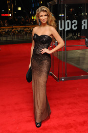 Amy Willerton went for sexy elegance with this strapless ombre gown during the 'Wolf of Wall Street' London premiere.