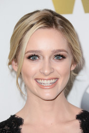 Greer Grammer pulled her tresses back into a lovely loose chignon for the 2016 Crystal + Lucy Awards.