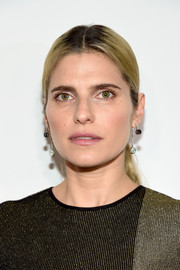 Lake Bell kept it understated with this center-parted ponytail at the 2016 Crystal + Lucy Awards.