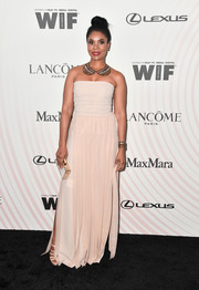 Regina Hall kept it simple in strapless nude gown by Max Mara at the 2018 Crystal + Lucy Awards.