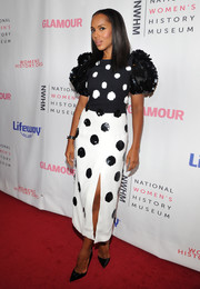 Kerry Washington looked adorable at the Women Making History Awards in a black-and-white Carolina Herrera dress that was printed with pixelated polka dots.