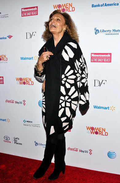 More Pics of Diane von Furstenberg Evening Coat (1 of 3) - Diane von Furstenberg Lookbook - StyleBistro