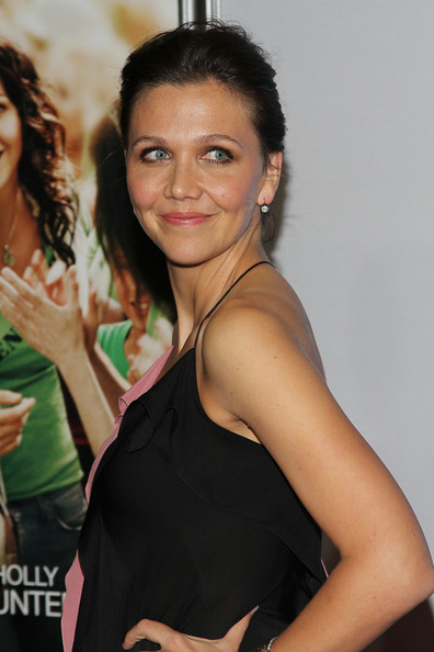 More Pics of Maggie Gyllenhaal Flat Sandals (2 of 15) - Flat Sandals Lookbook - StyleBistro