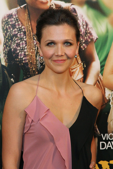 More Pics of Maggie Gyllenhaal Flat Sandals (4 of 15) - Flat Sandals Lookbook - StyleBistro