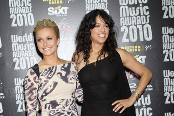 Hayden Panettiere Michelle Rodriguez World Music Awards 2010 - Arrivals