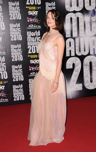 Asia Argento pulled off a pink chiffon gown at the 2010 World Music Awards.