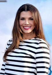 Ali Landry attended the 'Maleficent' premiere wearing her hair in wispy layers.