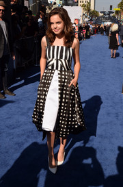 Bailee Madison looked darling in a '50s-chic black-and-white mixed-print dress by Dora Abodi during the premiere of 'Maleficent.'