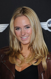 Kimberley Garner wore her hair in glossy layers with feathered ends at the new Mini world premiere.