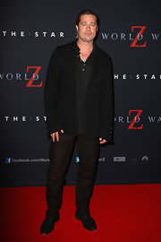 Brad Pitt paired dark brown slacks with a black blazer for his red carpet look during the 'World War Z' Australian premiere.