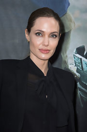 Angelina Jolie sported a classic ponytail to the premiere of 'World War Z.'