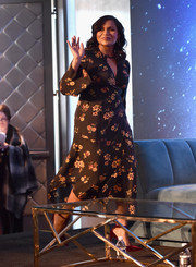 Mindy Kaling chose a fluttery floral dress by A.L.C. for the 'A Wrinkle in Time' press conference.