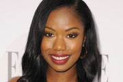 Xosha Roquemore Medium Wavy Cut